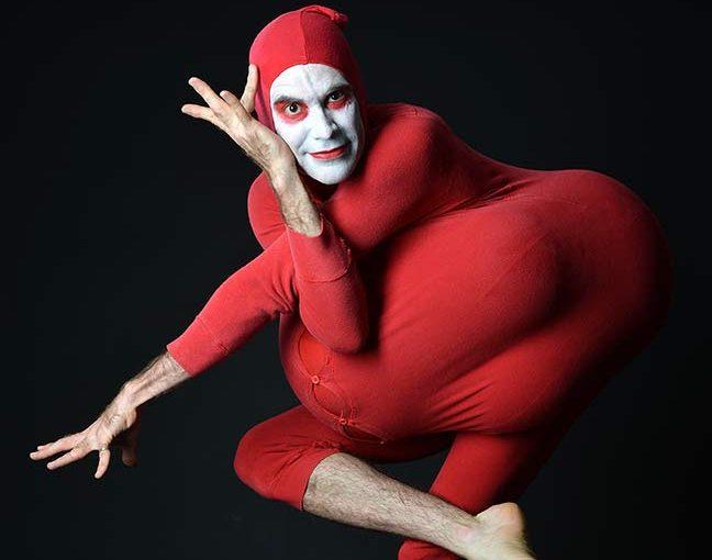 RED BASTARD – (et djævelsk forførende Kult-Comedy-monster)