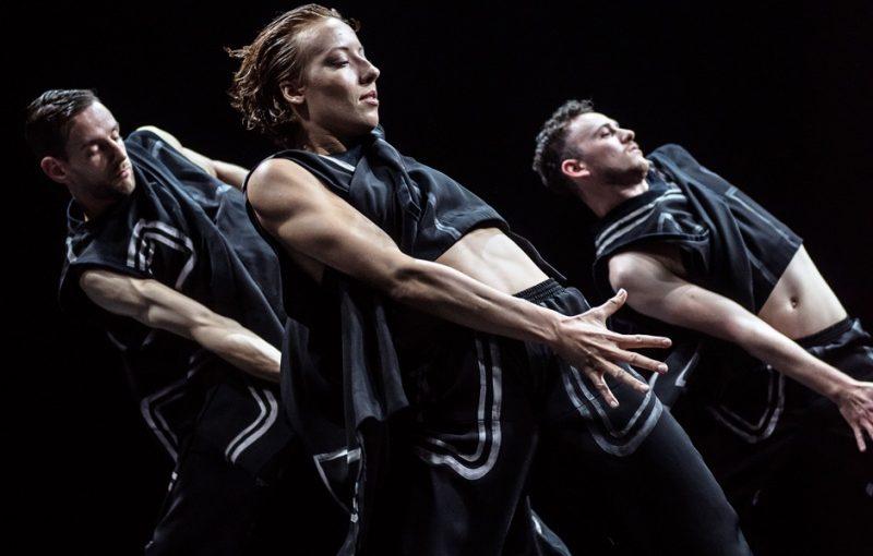 Krash & Chopin Danser – (en dobbeltforestilling skabt af to af Danmarks mest prisbelønnende moderne koreografer)